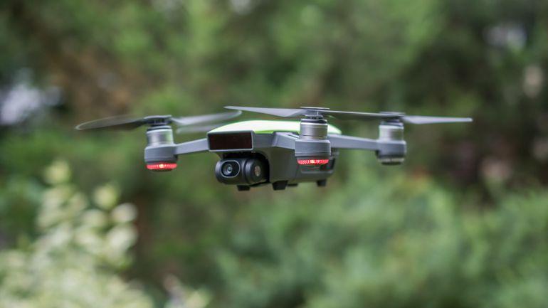 Kölcsönözhető drónok - Re-store